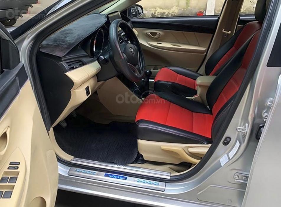 Bán ô tô Toyota Vios 1.5E sản xuất 2015, giá ưu đãi (2)