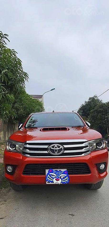 Cần bán Toyota Hilux sản xuất năm 2016, màu đỏ, nhập khẩu nguyên chiếc giá cạnh tranh (1)