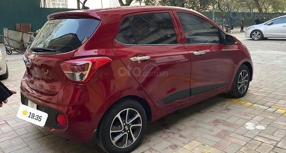Cần bán gấp Hyundai Grand i10 1.0 AT năm sản xuất 2017, màu đỏ, 330 triệu (4)
