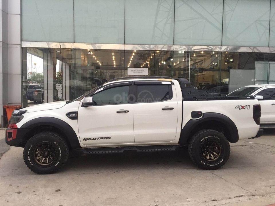 Bán Ford Ranger đời 2017, màu trắng số tự động, 797 triệu (3)