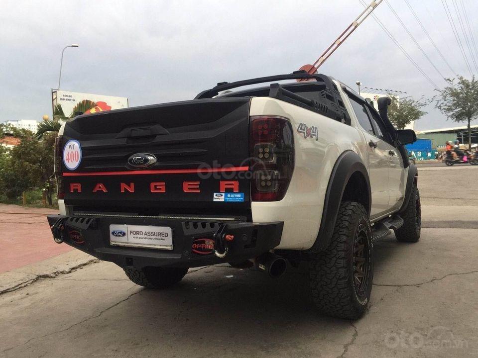 Bán Ford Ranger đời 2017, màu trắng số tự động, 797 triệu (4)