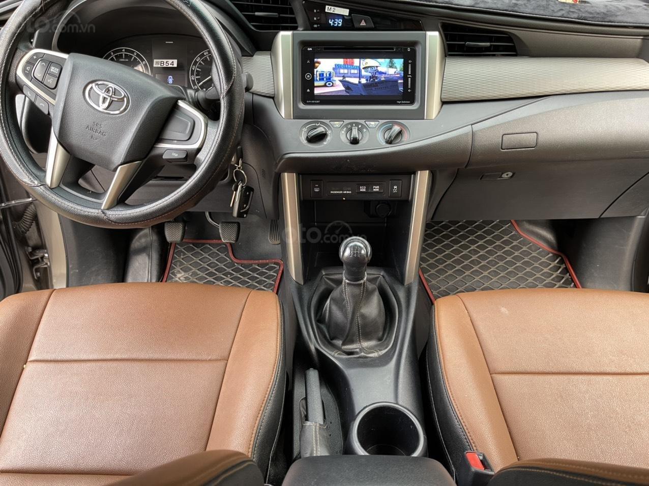 Innova E cuối 2018 xe gia đình sử dụng không kinh doanh dịch vụ ngày nào km chuẩn Options kính xe xe như mới, bảo hiểm 2 chiều (6)