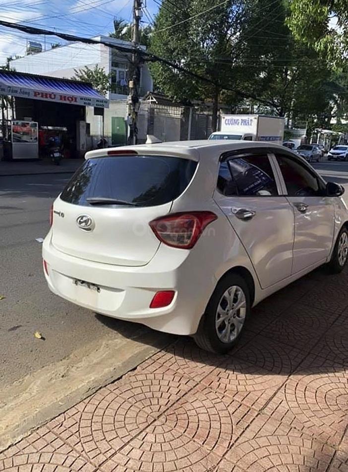 Bán Hyundai Grand i10 sản xuất năm 2014, màu trắng (3)