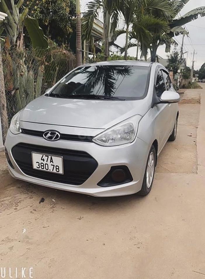 Bán ô tô Hyundai Grand i10 sản xuất 2016, màu bạc (1)