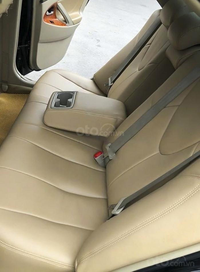 Cần bán gấp Toyota Camry LE năm sản xuất 2008, màu đen, nhập khẩu (2)