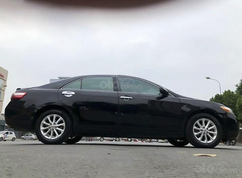 Cần bán gấp Toyota Camry LE năm sản xuất 2008, màu đen, nhập khẩu (1)