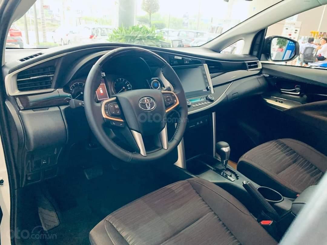 Toyota Innova mới, tặng ngay gói bảo dưỡng gồm thay nhớt, lọc nhớt, vệ sinh trong 3 năm (4)