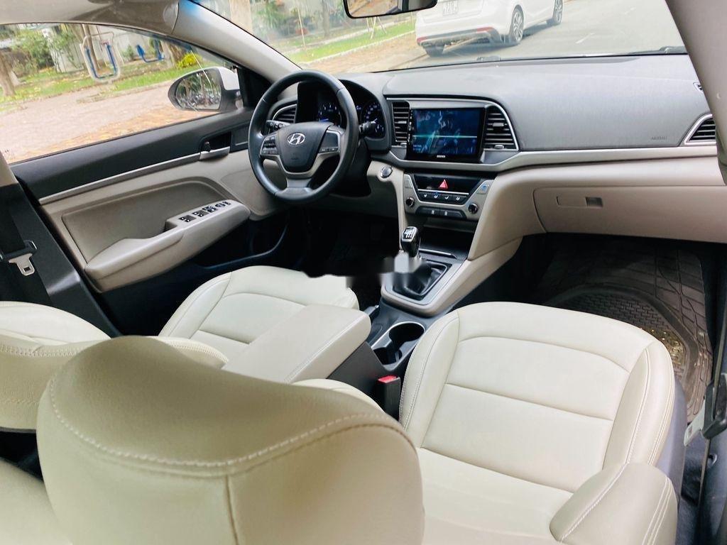 Bán Hyundai Elantra sản xuất 2017, nhập khẩu nguyên chiếc, giá chỉ 409 triệu (9)