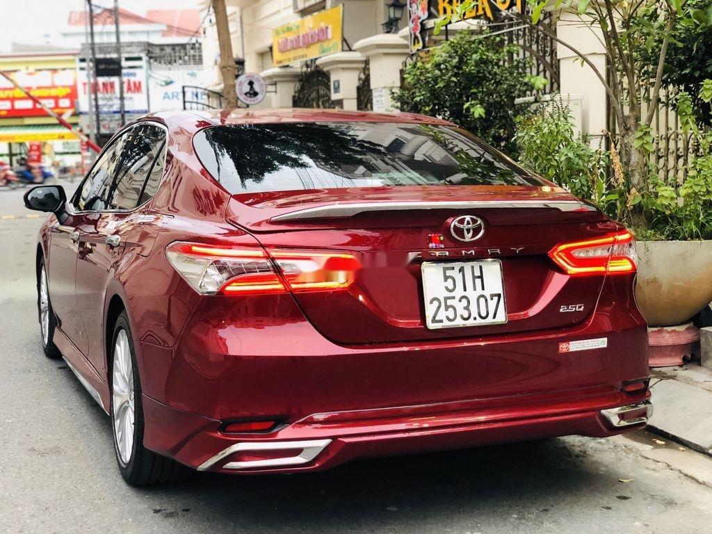 Bán ô tô Toyota Camry năm sản xuất 2019, nhập khẩu còn mới (6)