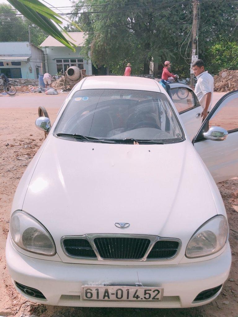 Cần bán Daewoo Lanos năm sản xuất 2001 còn mới (7)