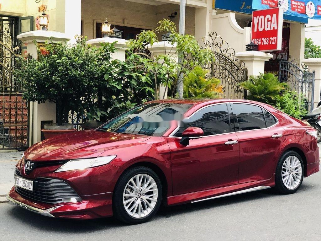 Bán ô tô Toyota Camry năm sản xuất 2019, nhập khẩu còn mới (2)