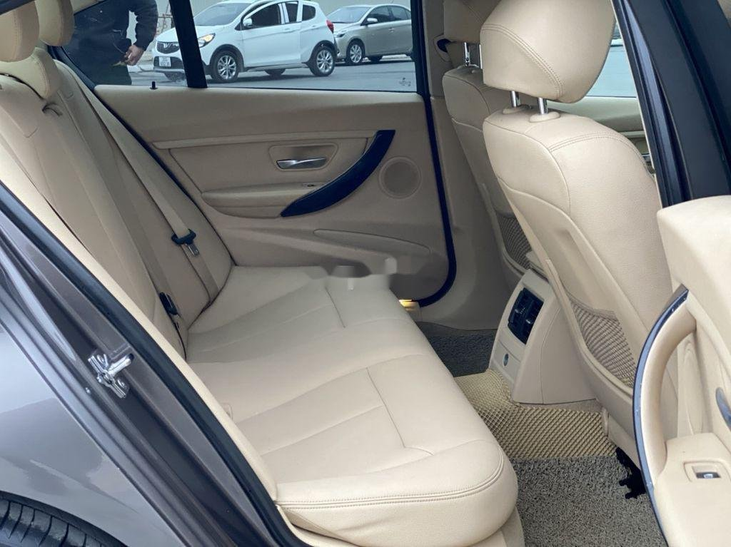Bán BMW 3 Series 328i 2011, màu xám, xe nhập (11)