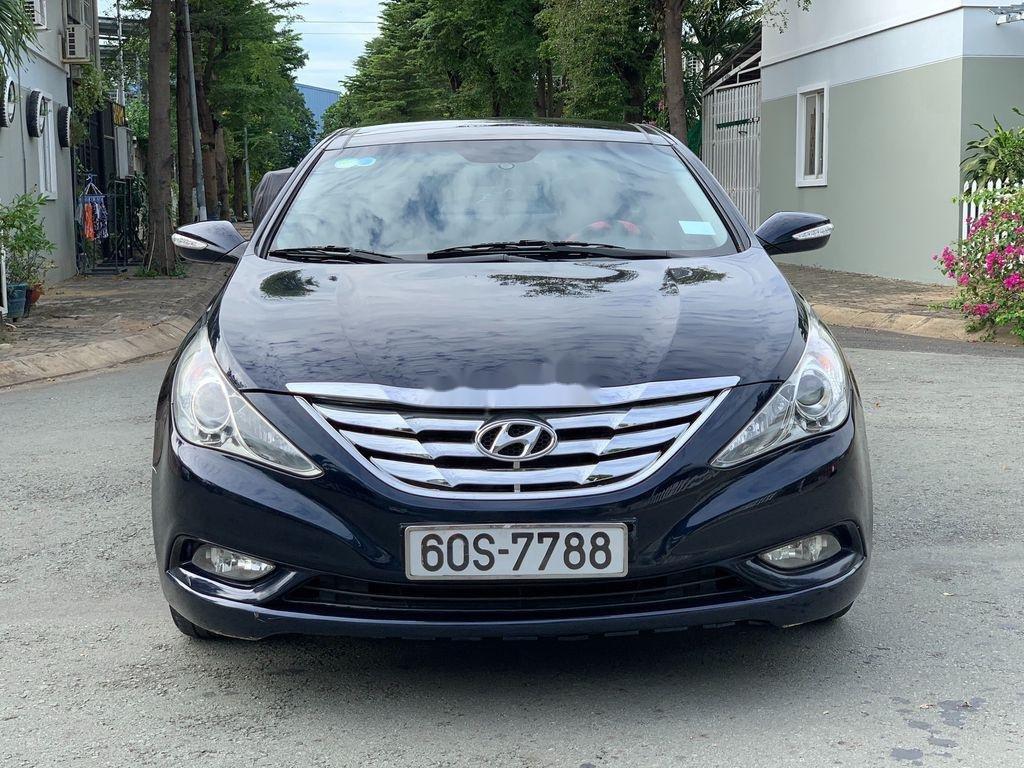 Cần bán Hyundai Sonata sản xuất 2010, xe nhập còn mới (1)