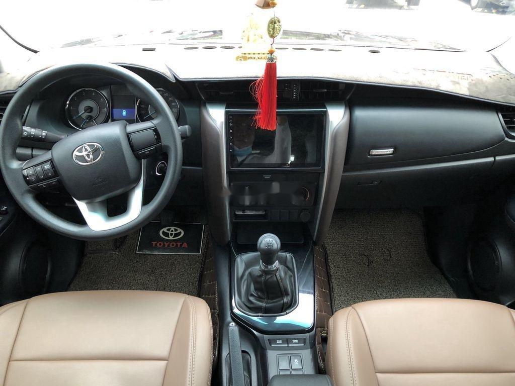 Cần bán xe Toyota Fortuner đời 2020, màu đen chính chủ, giá chỉ 980 triệu (7)