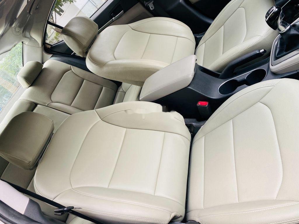 Bán Hyundai Elantra sản xuất 2017, nhập khẩu nguyên chiếc, giá chỉ 409 triệu (8)