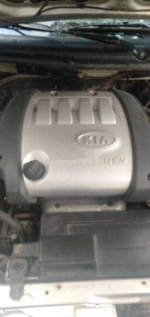 Cần bán Kia Spectra đời 2004, màu bạc, nhập khẩu, giá chỉ 122 triệu (8)