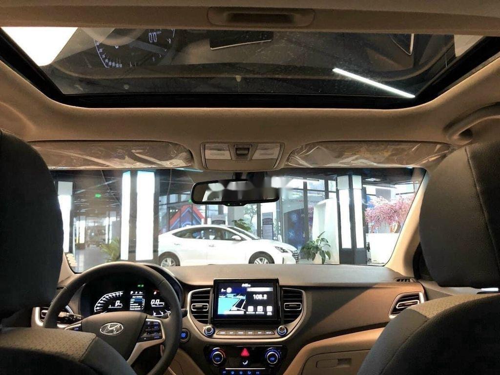 Cần bán Hyundai Accent 2021, xe nhập, giá ưu đãi (7)