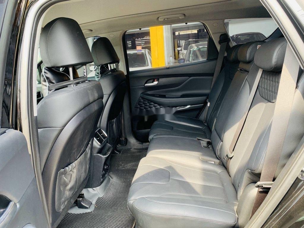 Cần bán lại xe Hyundai Santa Fe 2020, màu đen ít sử dụng (6)