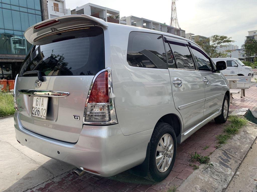 Cần bán lại xe Toyota Innova sản xuất năm 2009 còn mới, giá chỉ 305 triệu (7)