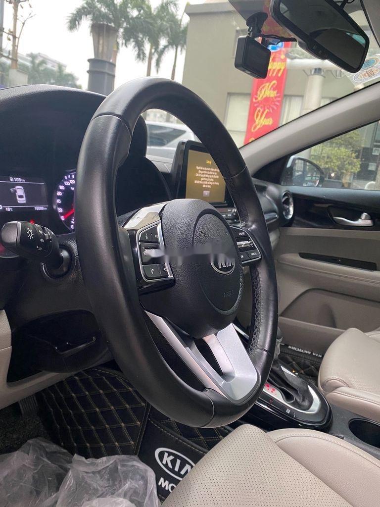 Bán Kia Cerato sản xuất năm 2019, màu trắng, giá chỉ 625 triệu (9)