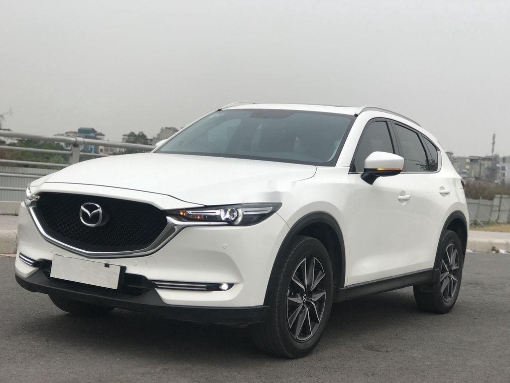 Xe Mazda CX 5 đời 2019, màu trắng (1)