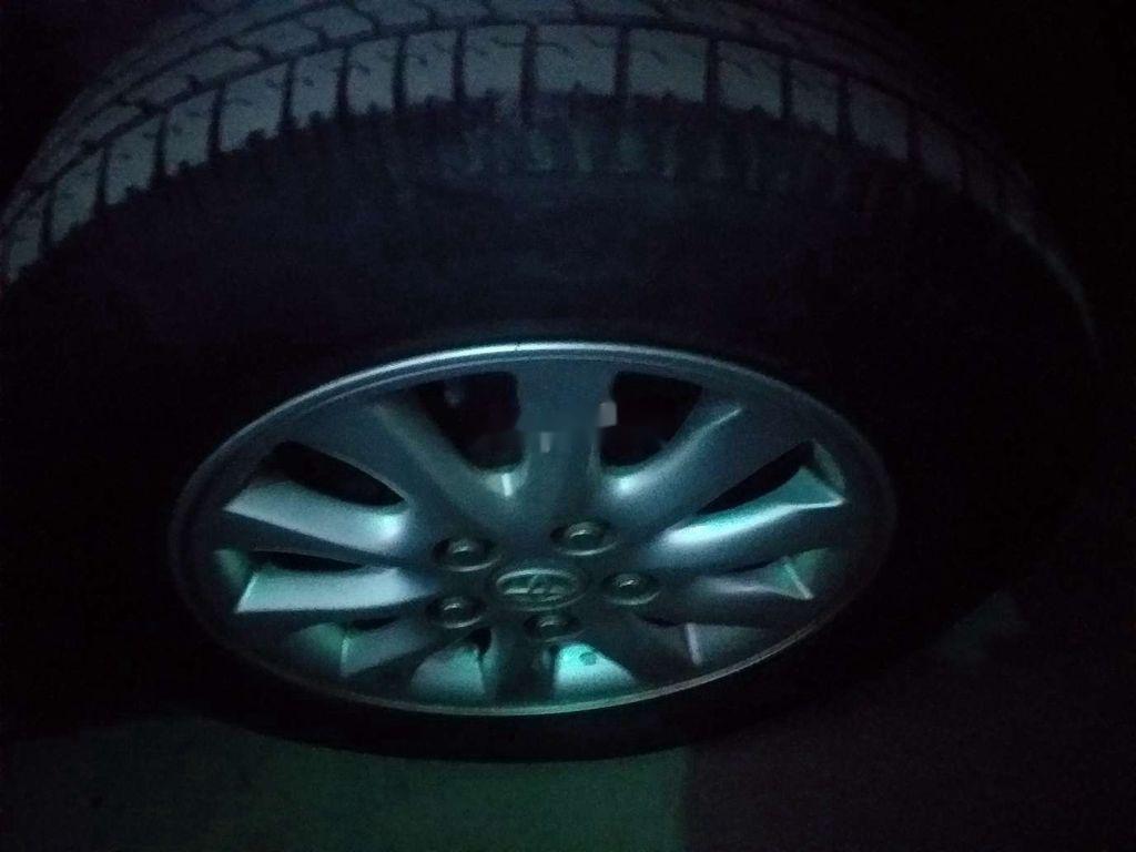 Cần bán lại xe Toyota Innova sản xuất 2012, nhập khẩu nguyên chiếc còn mới (4)