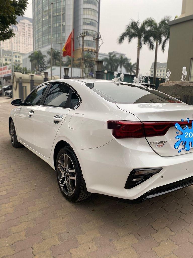 Bán Kia Cerato sản xuất năm 2019, màu trắng, giá chỉ 625 triệu (3)