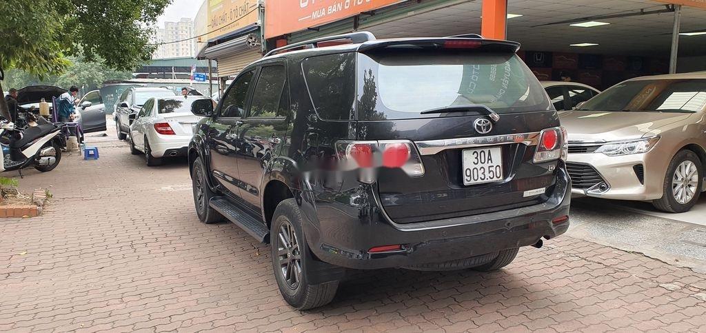 Cần bán gấp Toyota Fortuner năm sản xuất 2015 còn mới, giá tốt (4)