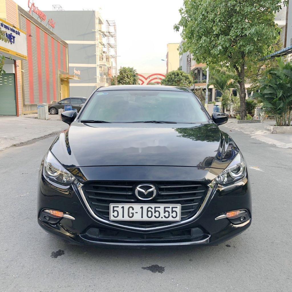 Bán xe Mazda 3 đời 2018, màu đen  (1)