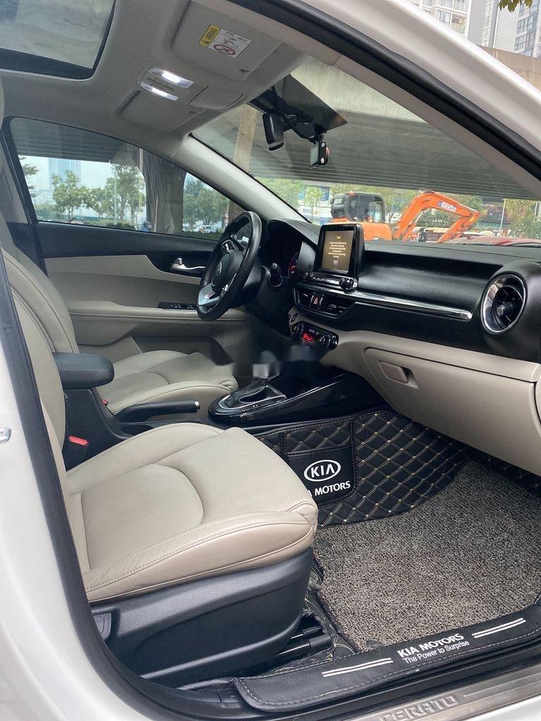 Bán Kia Cerato sản xuất năm 2019, màu trắng, giá chỉ 625 triệu (5)