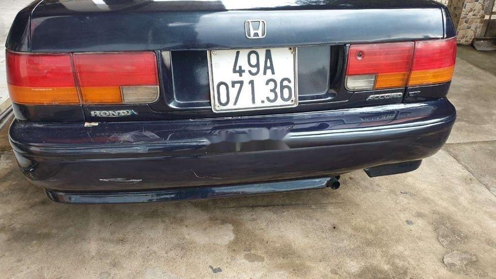 Cần bán gấp Honda Accord đời 1993, nhập khẩu nguyên chiếc (2)