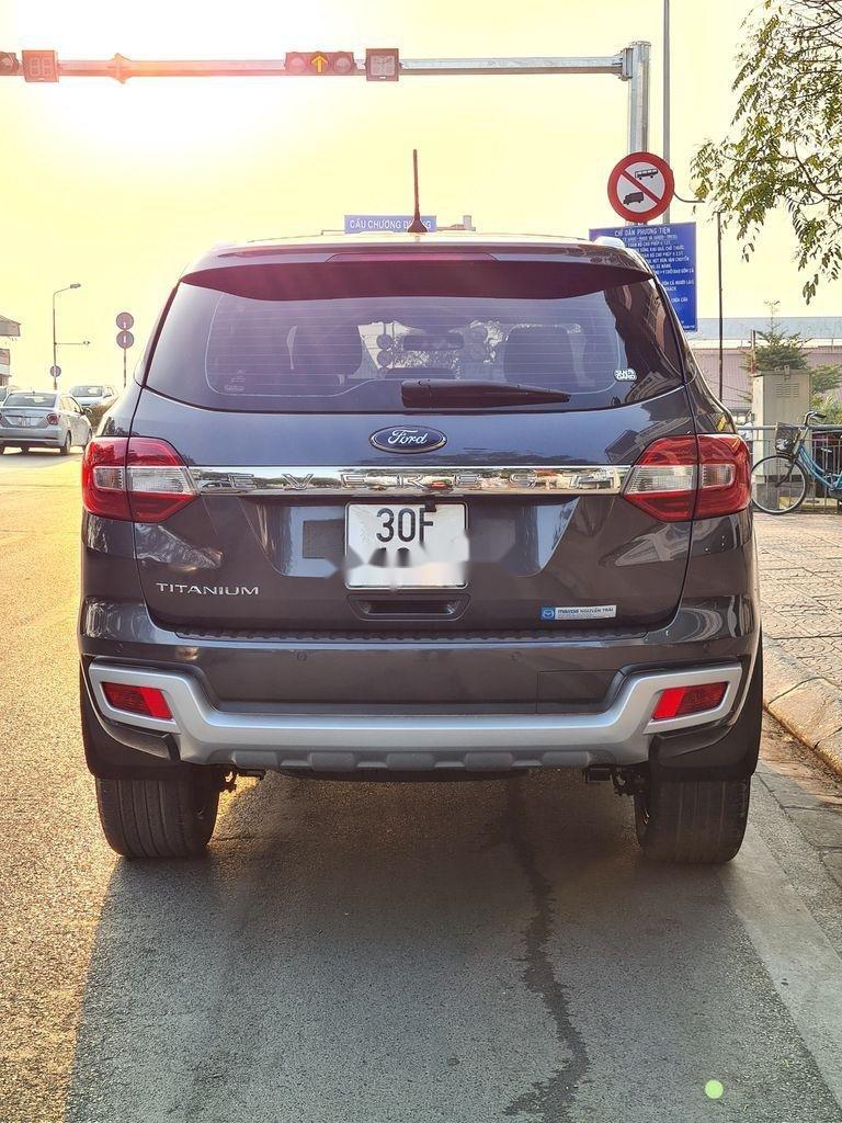 Cần bán xe Ford Everest 2.0 Titanium năm sản xuất 2018 (5)
