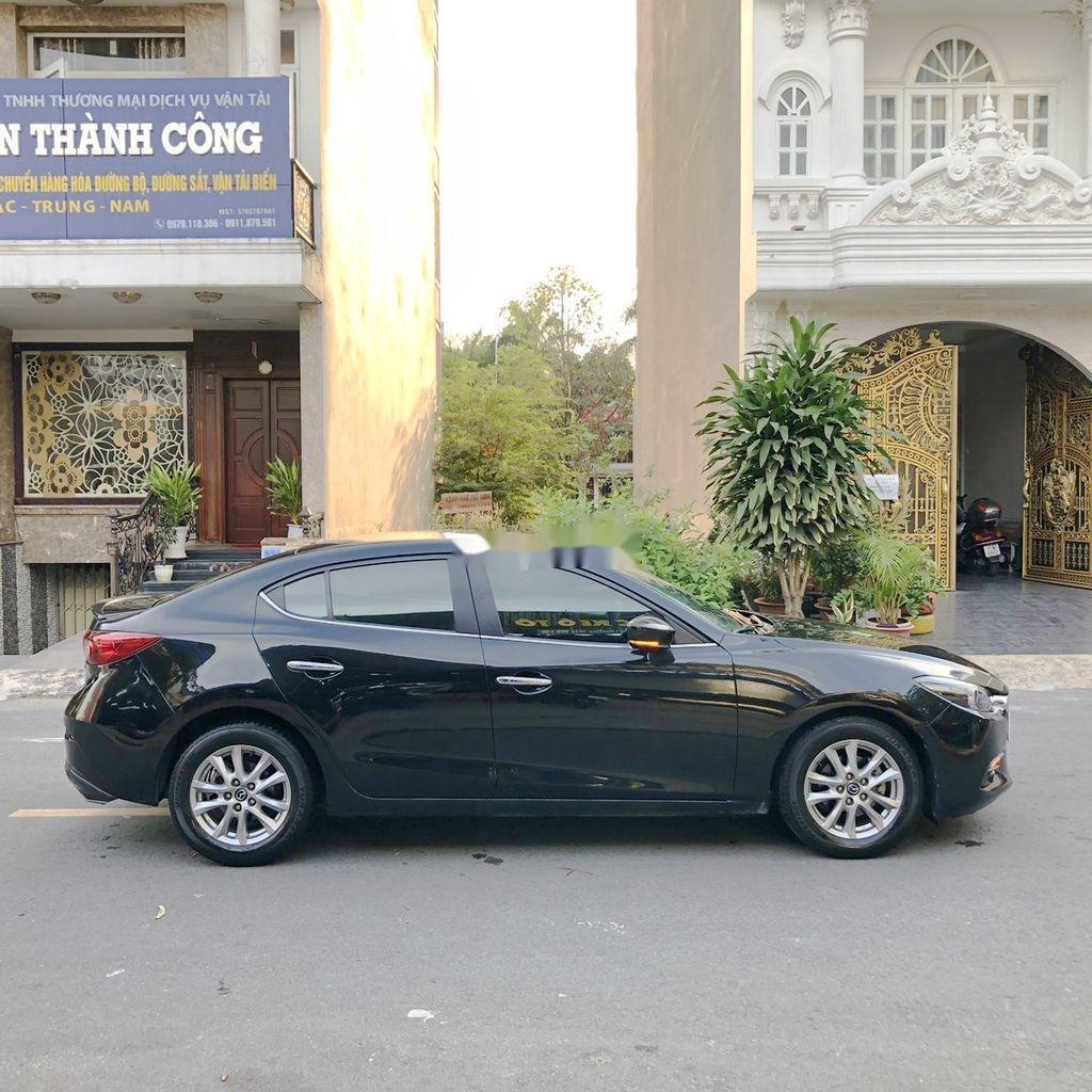 Bán xe Mazda 3 đời 2018, màu đen  (6)