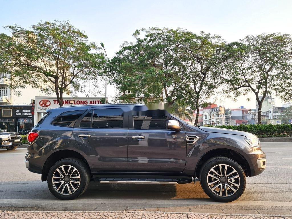 Cần bán xe Ford Everest 2.0 Titanium năm sản xuất 2018 (3)