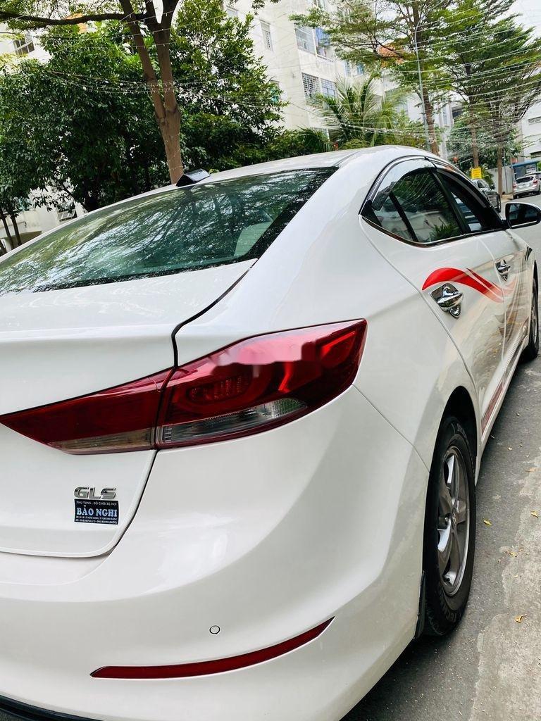 Bán Hyundai Elantra sản xuất 2017, nhập khẩu nguyên chiếc, giá chỉ 409 triệu (5)
