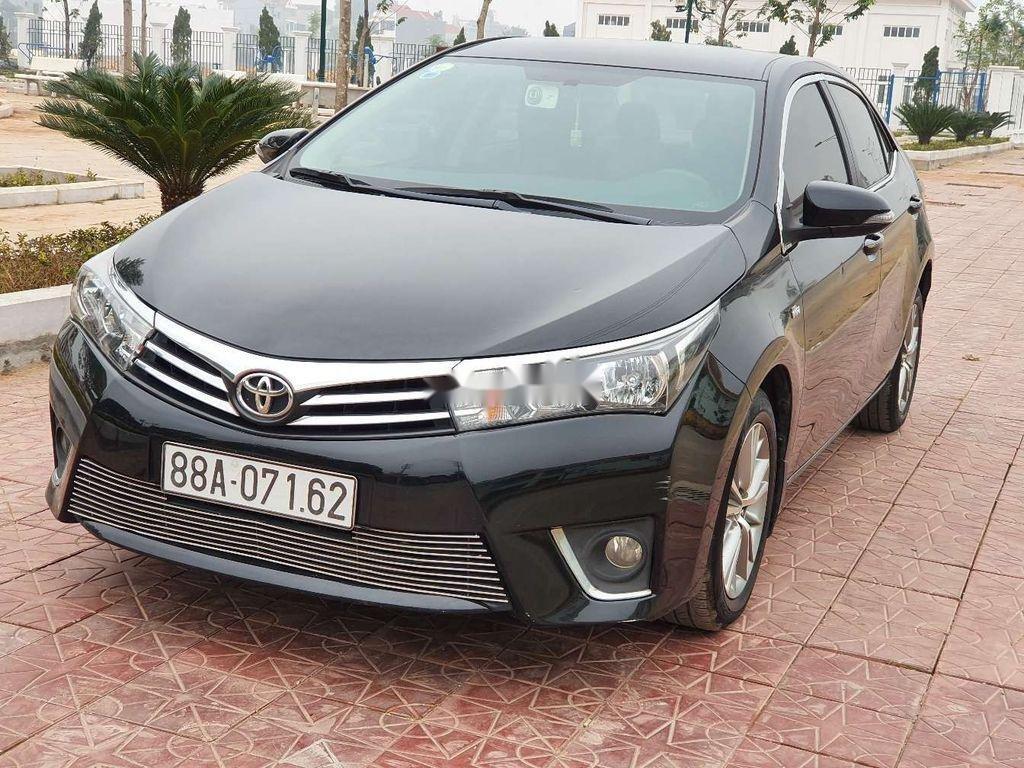 Cần bán gấp Toyota Corolla Altis năm 2014, giá mềm (4)
