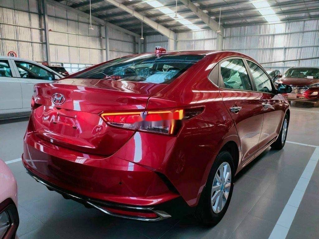 Cần bán xe Hyundai Accent năm 2020, màu đỏ, giá tốt (1)