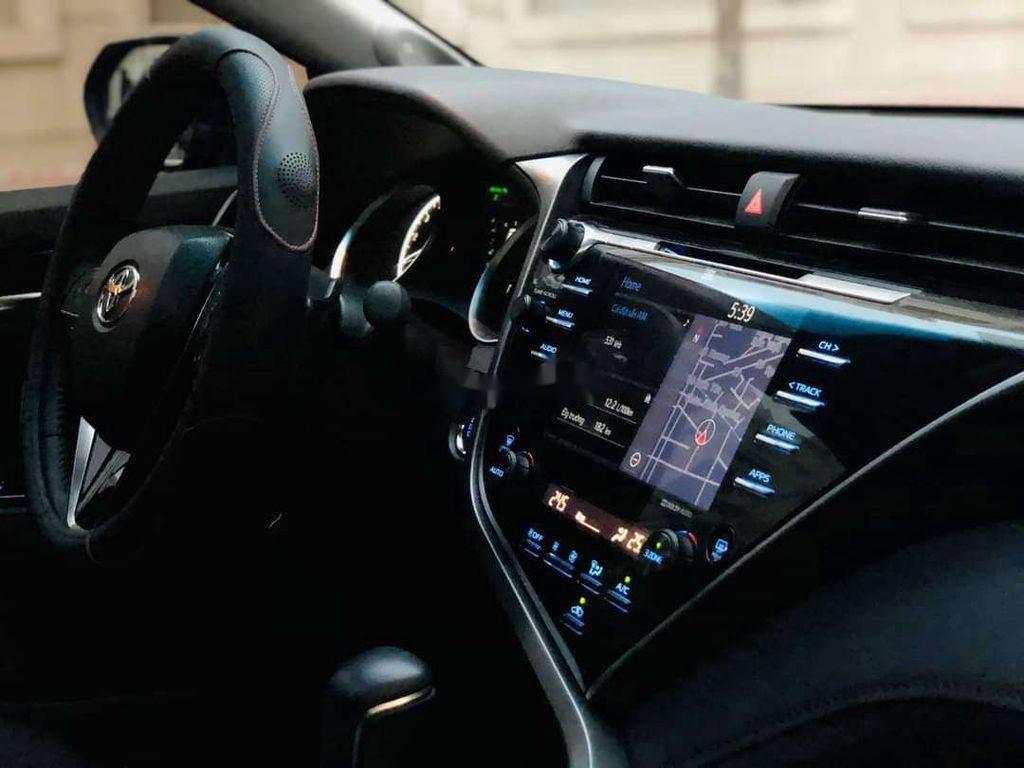 Bán ô tô Toyota Camry sản xuất 2019, nhập khẩu nguyên chiếc còn mới (9)