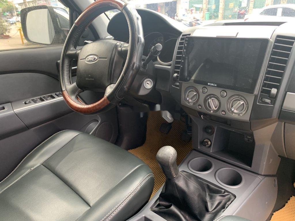 Bán xe Ford Everest sản xuất 2013, xe giá thấp, động cơ ổn định (7)