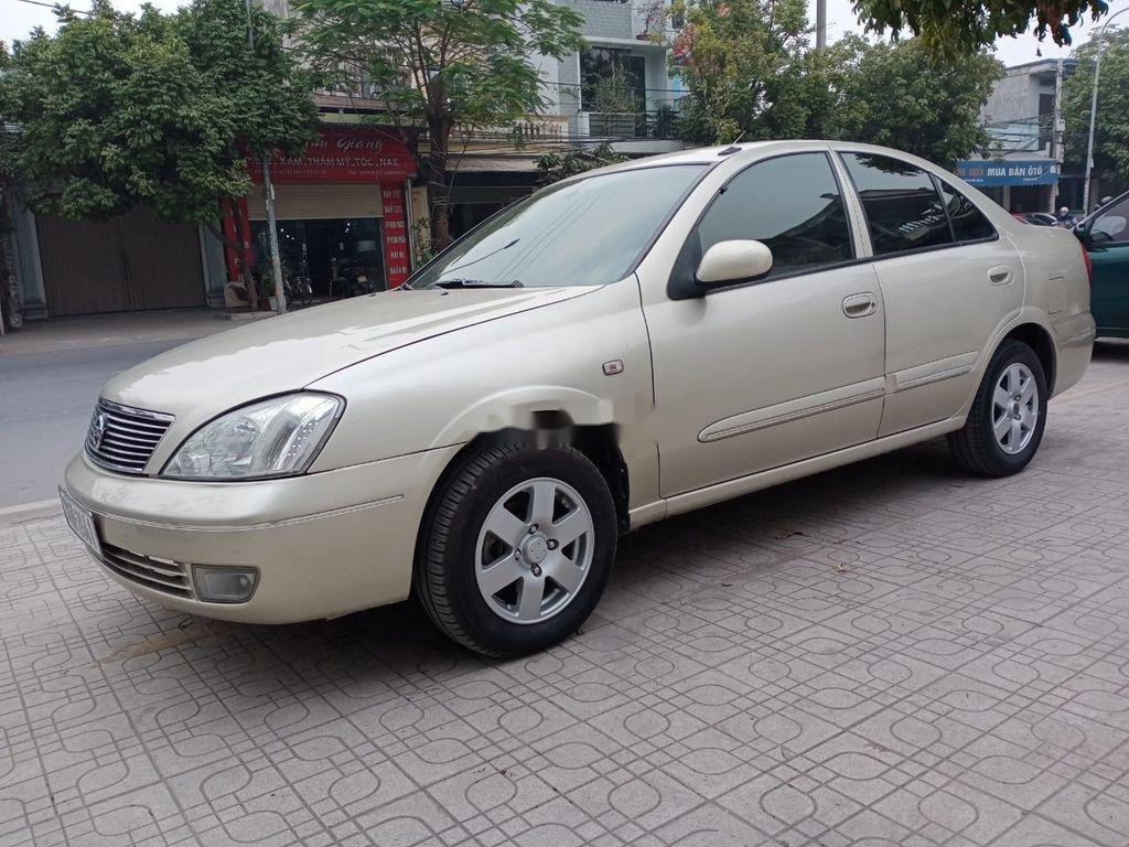 Cần bán xe Nissan Sentra năm 2009, màu vàng, nhập khẩu  (3)
