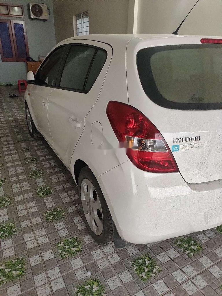 Xe Hyundai i20 năm 2012, nhập khẩu, xe một đời chủ giá ưu đãi (2)