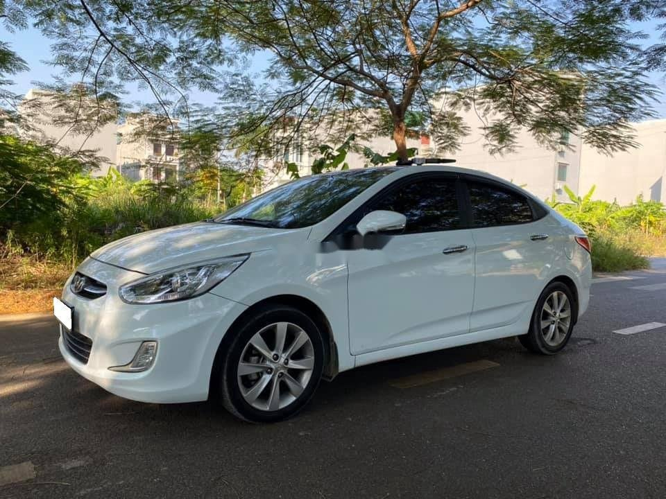 Bán Hyundai Accent sản xuất 2015, nhập khẩu nguyên chiếc (1)