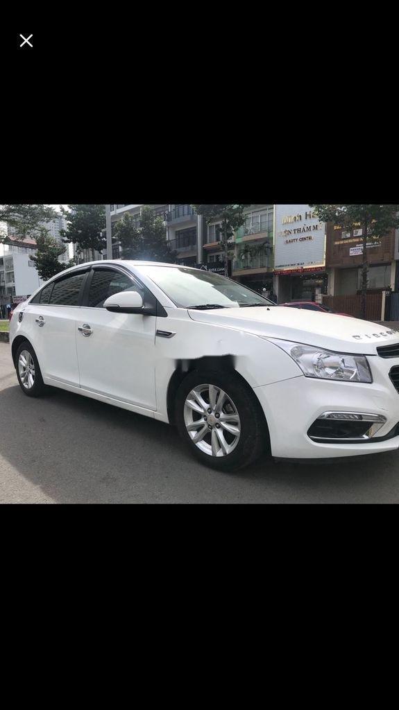 Bán ô tô Chevrolet Cruze 2016, màu trắng còn mới, giá tốt (1)