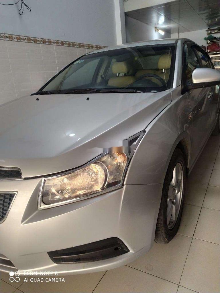 Bán ô tô Chevrolet Cruze đời 2012, màu bạc, xe gia đình  (1)