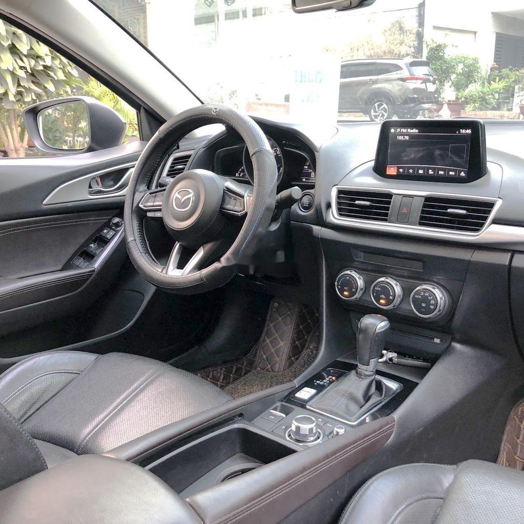 Bán xe Mazda 3 đời 2018, màu đen  (7)