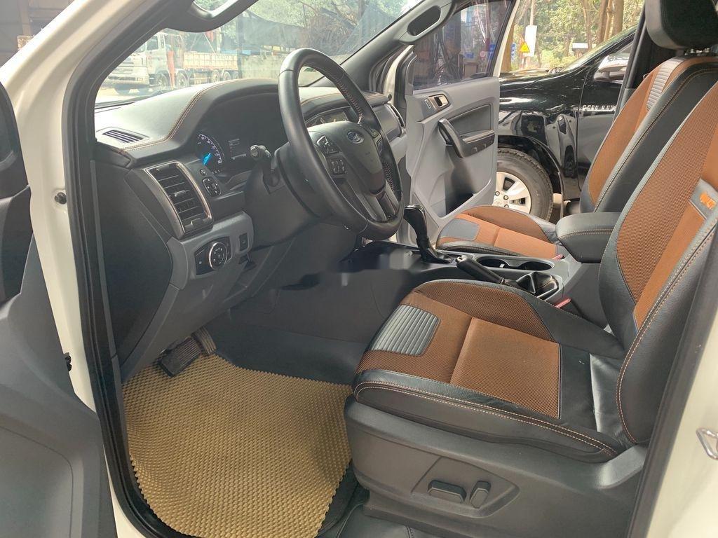 Cần bán xe Ford Ranger Wildtrak năm sản xuất 2017, nhập khẩu (4)