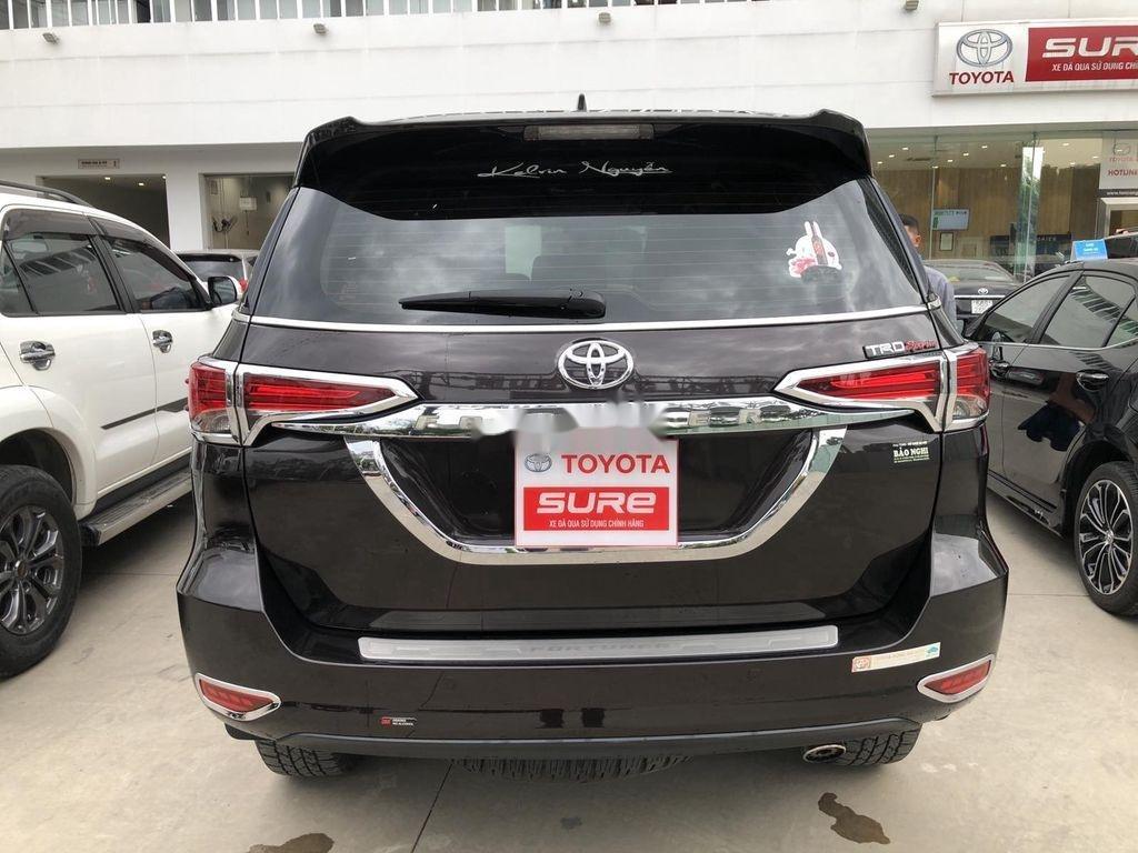 Cần bán xe Toyota Fortuner đời 2020, màu đen chính chủ, giá chỉ 980 triệu (5)