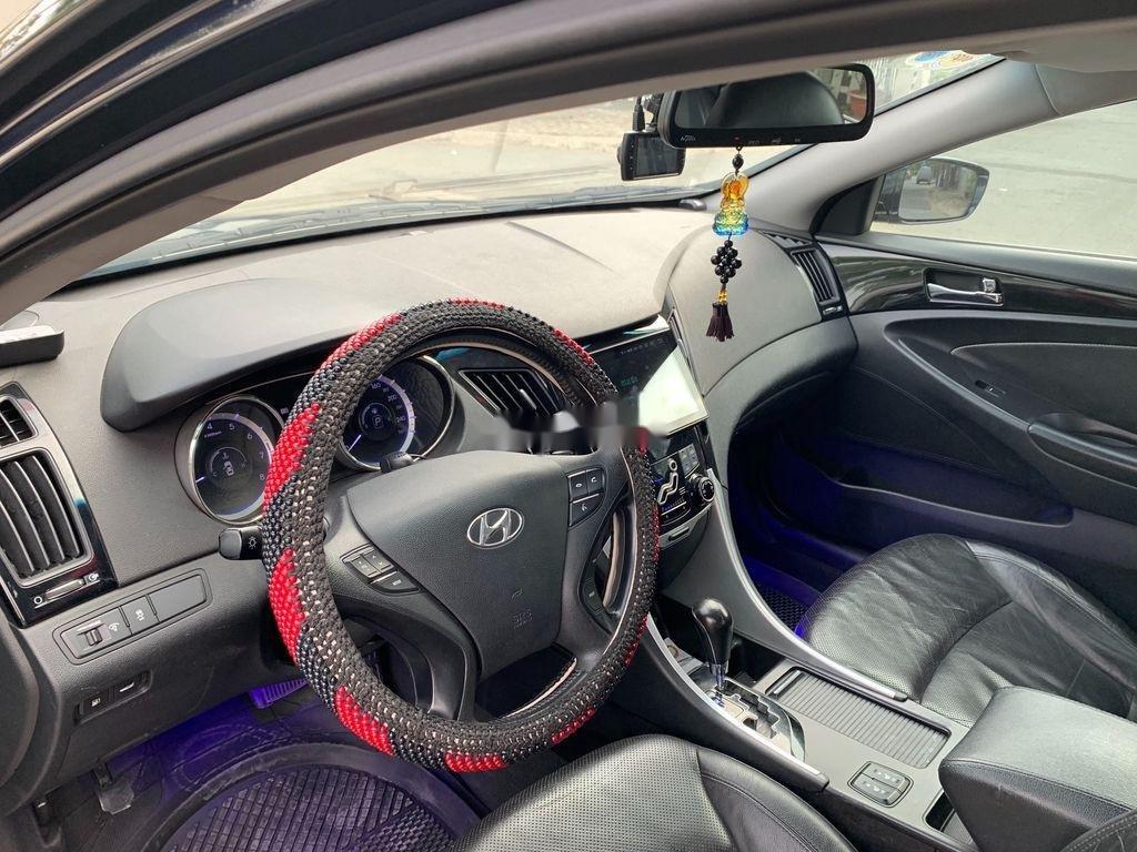 Cần bán Hyundai Sonata sản xuất 2010, xe nhập còn mới (8)