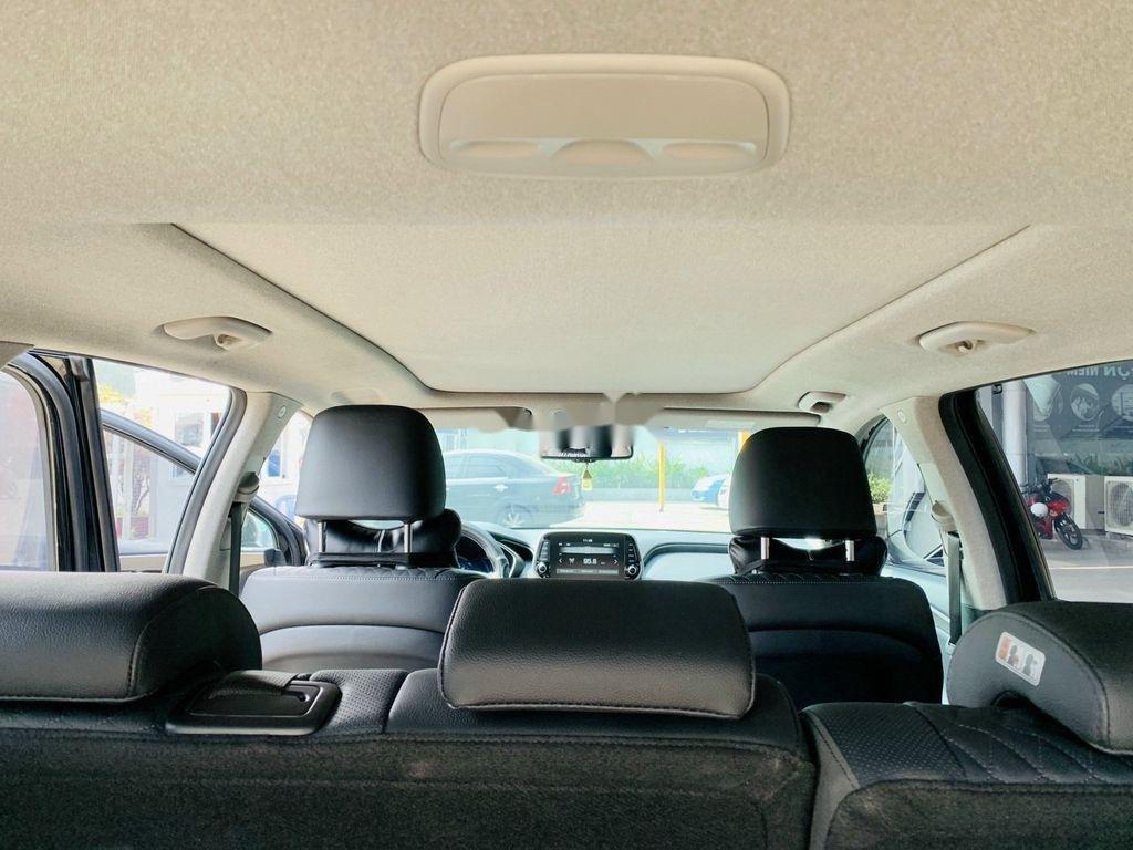 Cần bán lại xe Hyundai Santa Fe 2020, màu đen ít sử dụng (7)