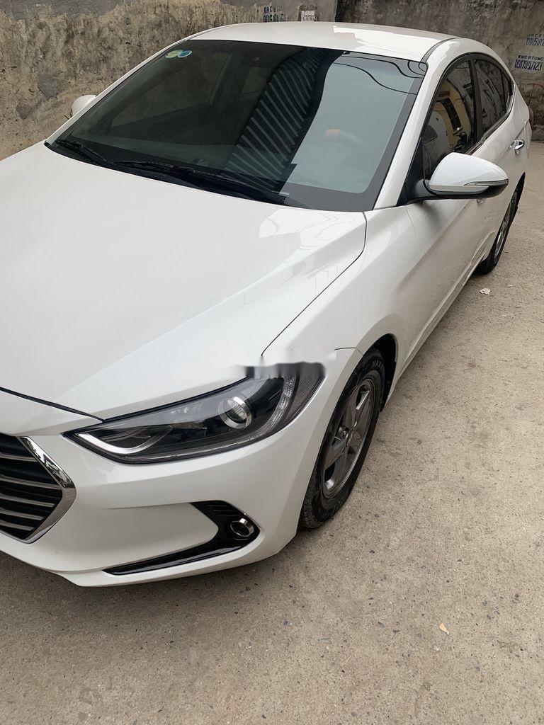 Bán Hyundai Elantra năm 2017, xe giá thấp, động cơ ổn định  (1)